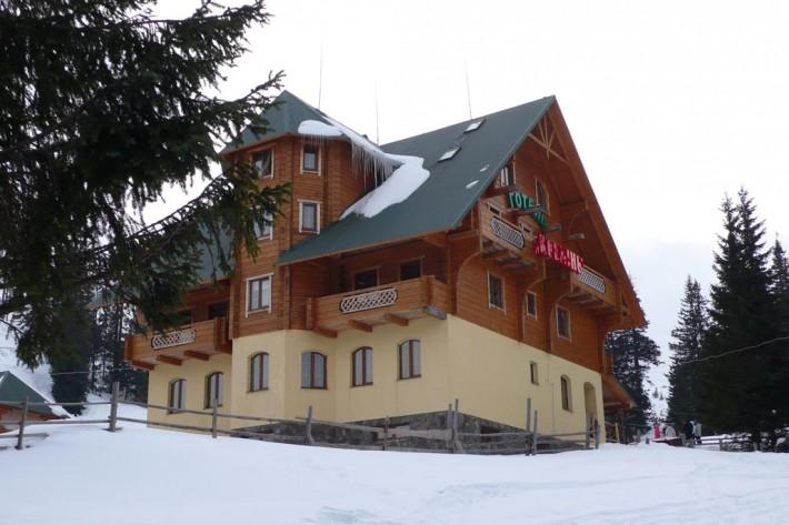 Готель Кремень, Драгобрат